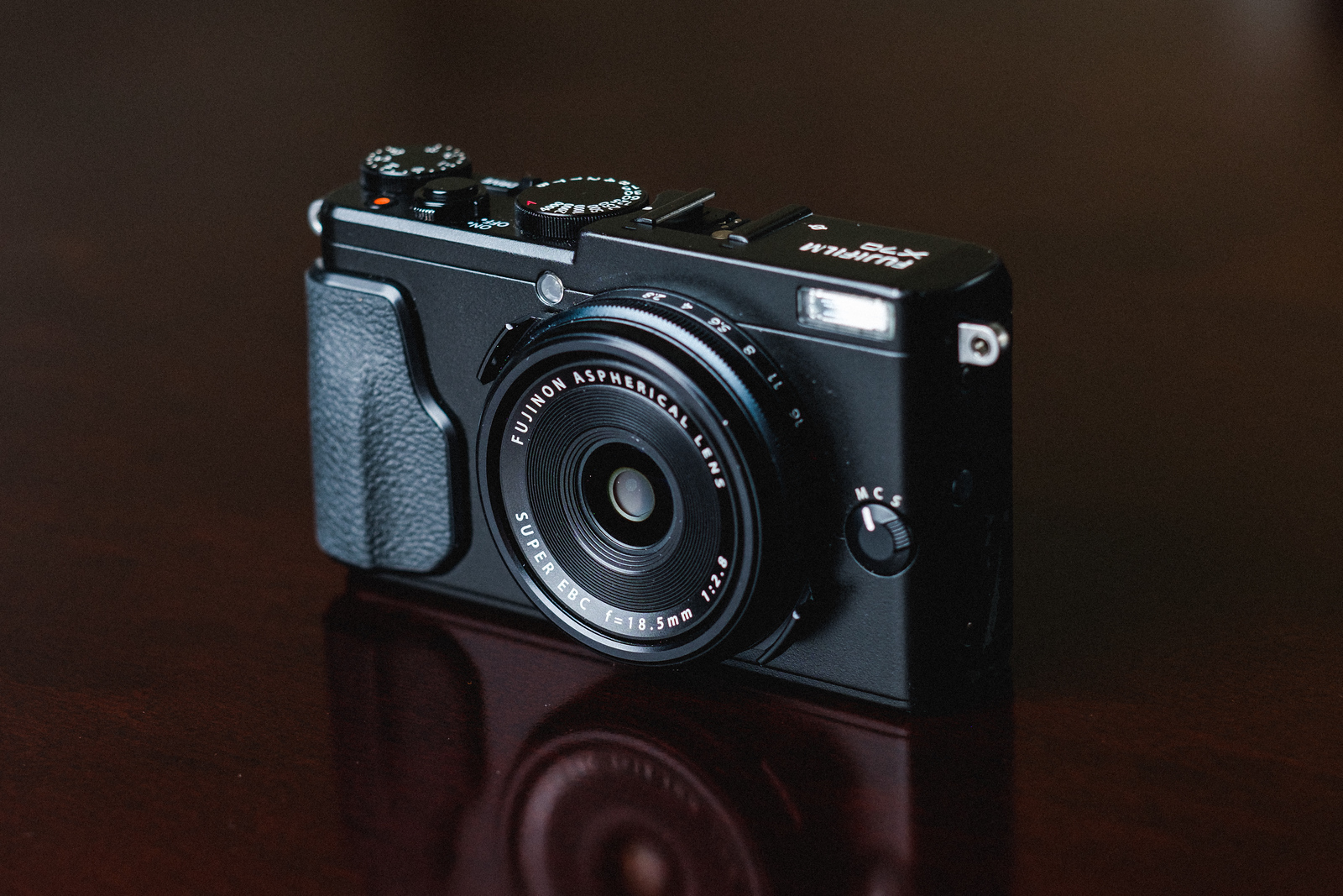 Fujifilm X70 Review