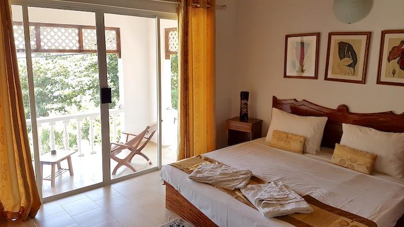 Praslin Hotel - Villa Anse La Blague - room