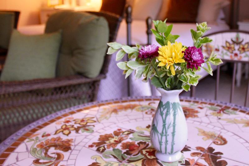 Hawthorn Inn's Carriage House Fresh Flowers