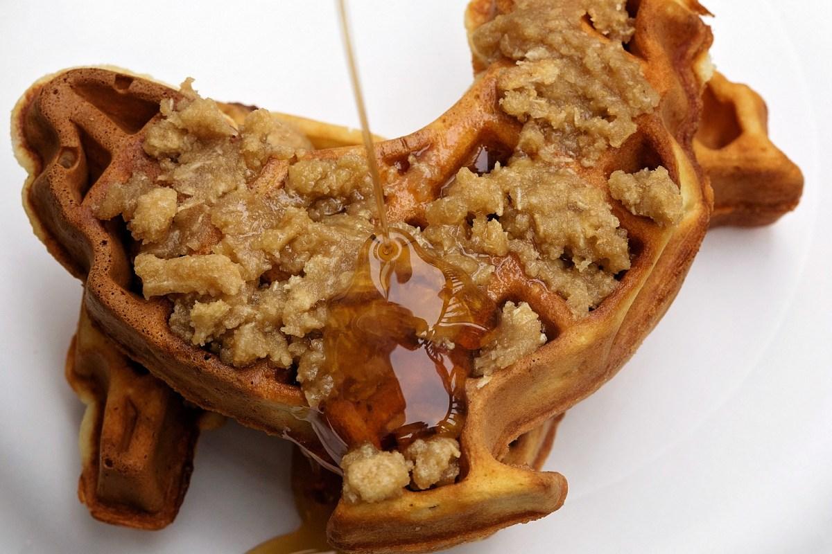 Cinnamon Streusel Waffles