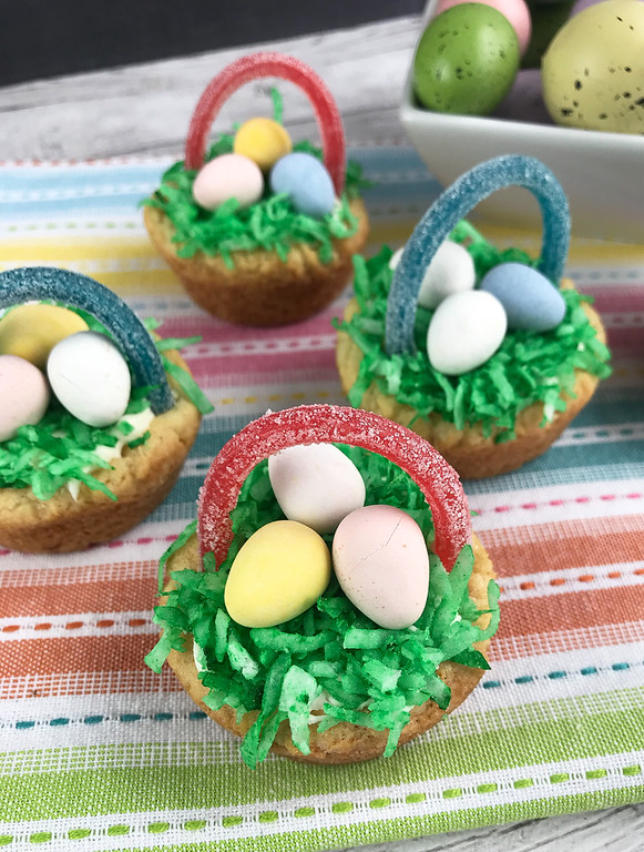 These Easter Cookie Baskets Easter Treats are pretty much as adorable and as fun as it gets. And they're easy to make! Make them with your kids, or maybe have the Easter Bunny leave them! The sky is the limit with Easter fun.