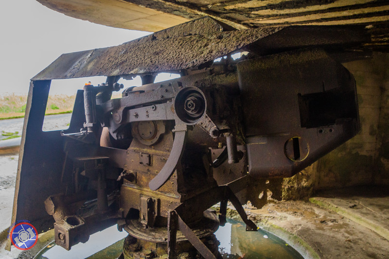 The Working End of One of the Large Guns on the Cliffs at Longue-sur-Mer (©simon@myeclecticimages.com)