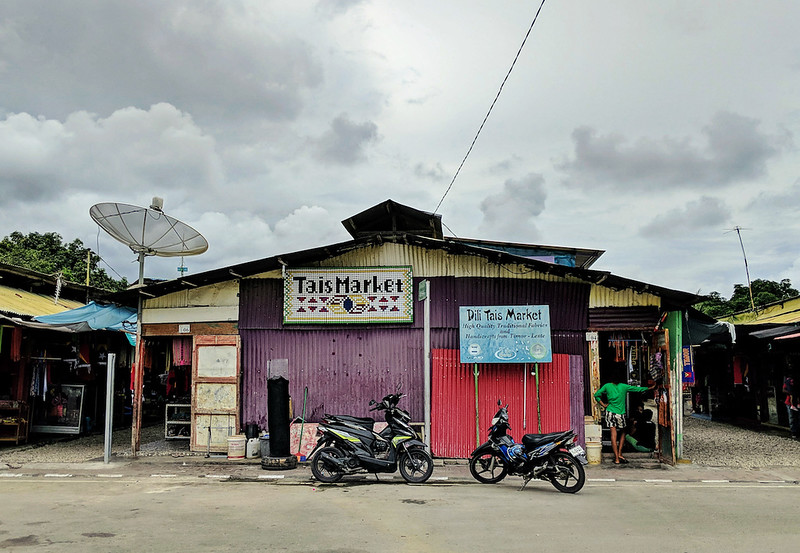 Travel Guide to Dili - Tais Market