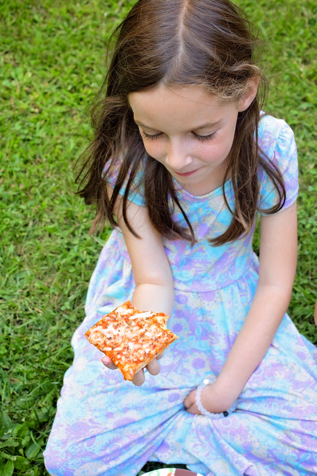 Sometimes the #BackToSchool time is hectic. Here's how we reclaim our time together with weekly #PizzaNight! Connect with your family over #ElliosPizza #ad