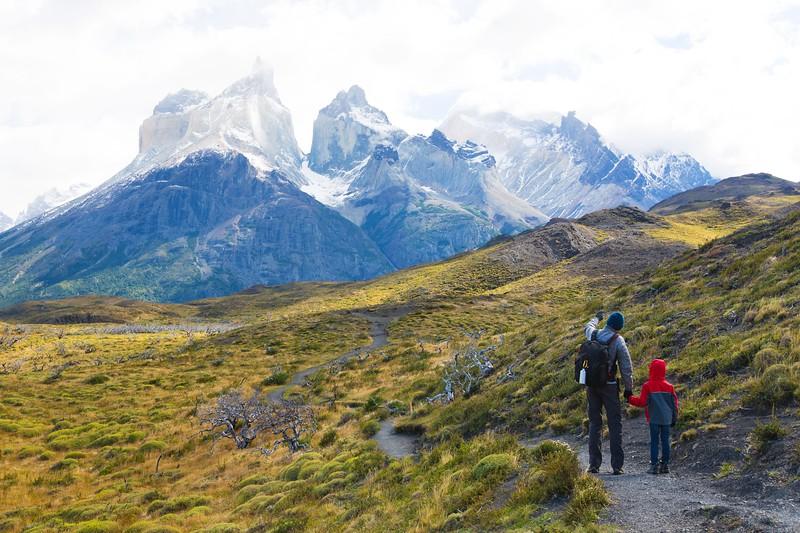 季节性的冰霜……——智利的复活节