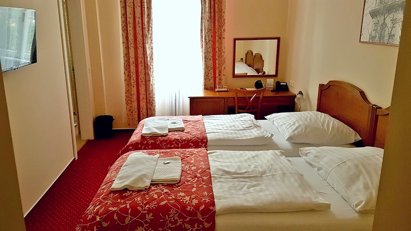 Small Hotels in Prague - twin room