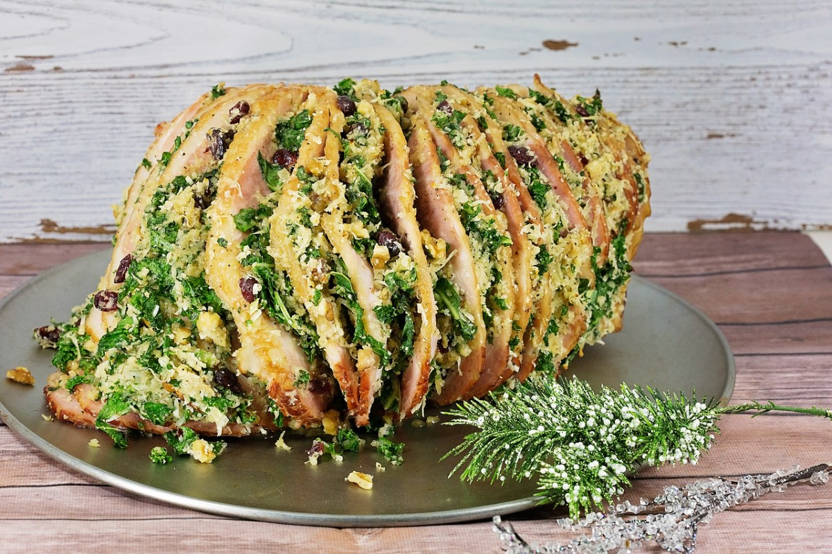 Kale Spiral Ham With Stuffing