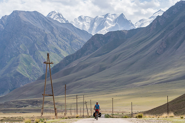 Cycling in between mountains
