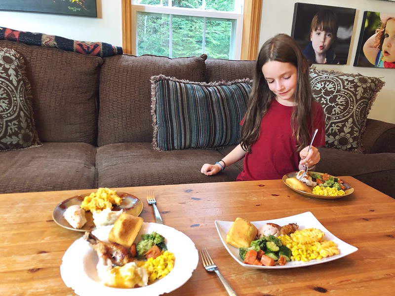 Back to School Family Meals With Boston Market are the PERFECT way to reconnect as a family after a day of work and school. DELICIOUS. #ad #BostonMarketBTS