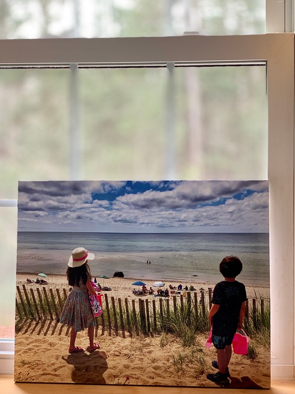 What does this photographer say is the best thing to do with your photos? Canvas Champ Canvas Prints. The BEST holiday gift out there right now. So good #ad