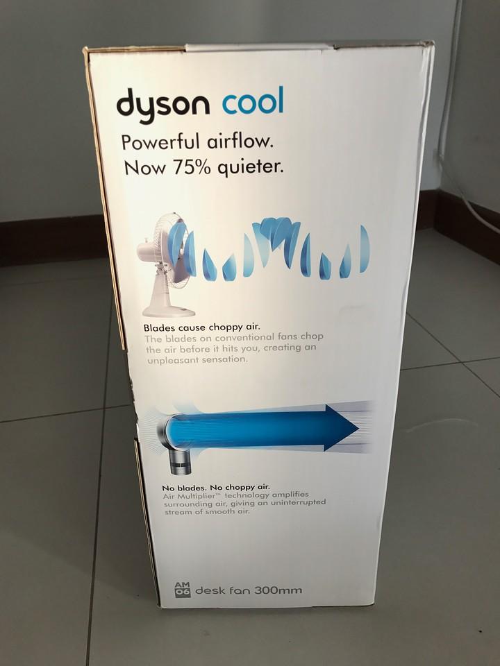 Dyson Fan AM06 Unboxing