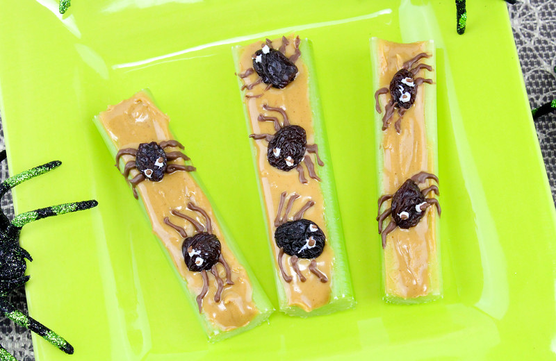 Healthy Halloween Appetizers: Spider Celery