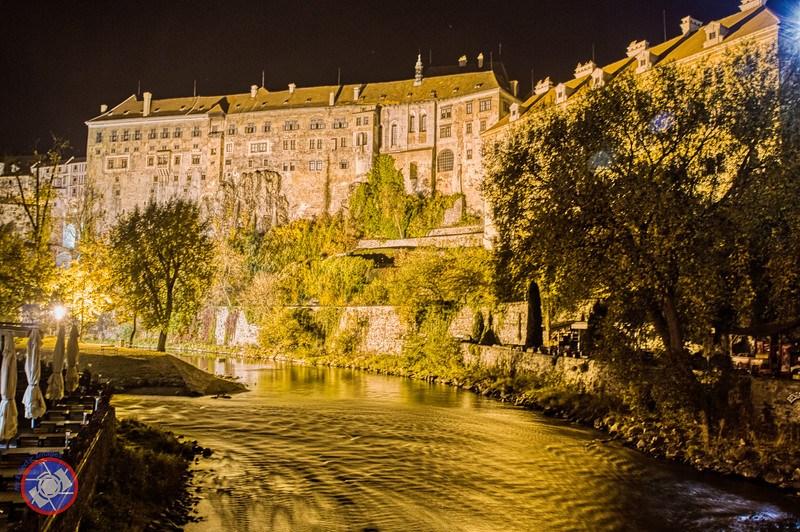 Part of Cesky Krumlov Castle and the Vltava (©simon@myeclecticimages.com)