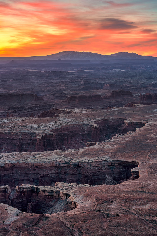sunsets from utah grand view point canyonlands