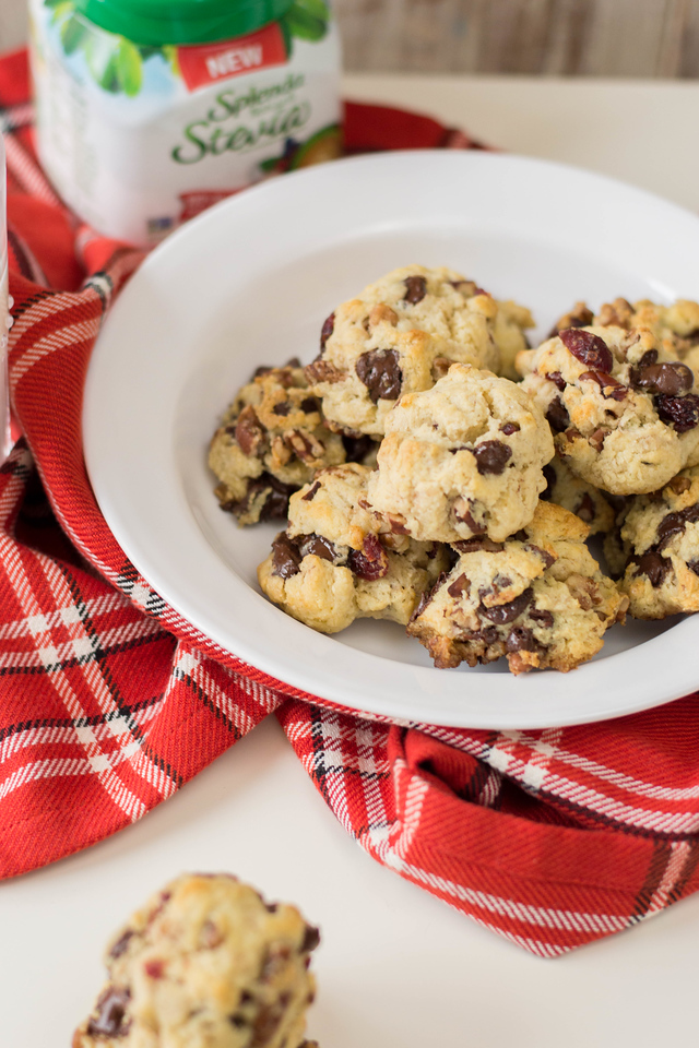 #ad These Holiday Fully Loaded Cookies are a smart choice! The recipe uses SPLENDA® Naturals Stevia Sweetener. It's perfect dessert for a healthy lifestyle!