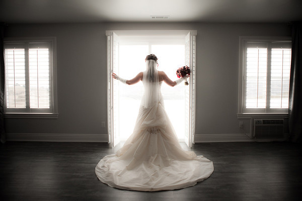 Backlit window bride with glow by Brandon Busa