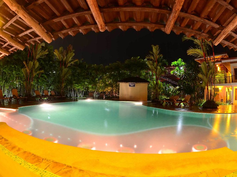 where to stay in costa rica - arenal backpackers