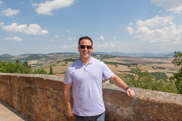 Tuscany, Italy is a wine buffs dream destination! With countless winery options, don't miss these spots for the best wine & food during your next trip to Italy | www.eatworktravel.com - The luxury, adventure travel couple!