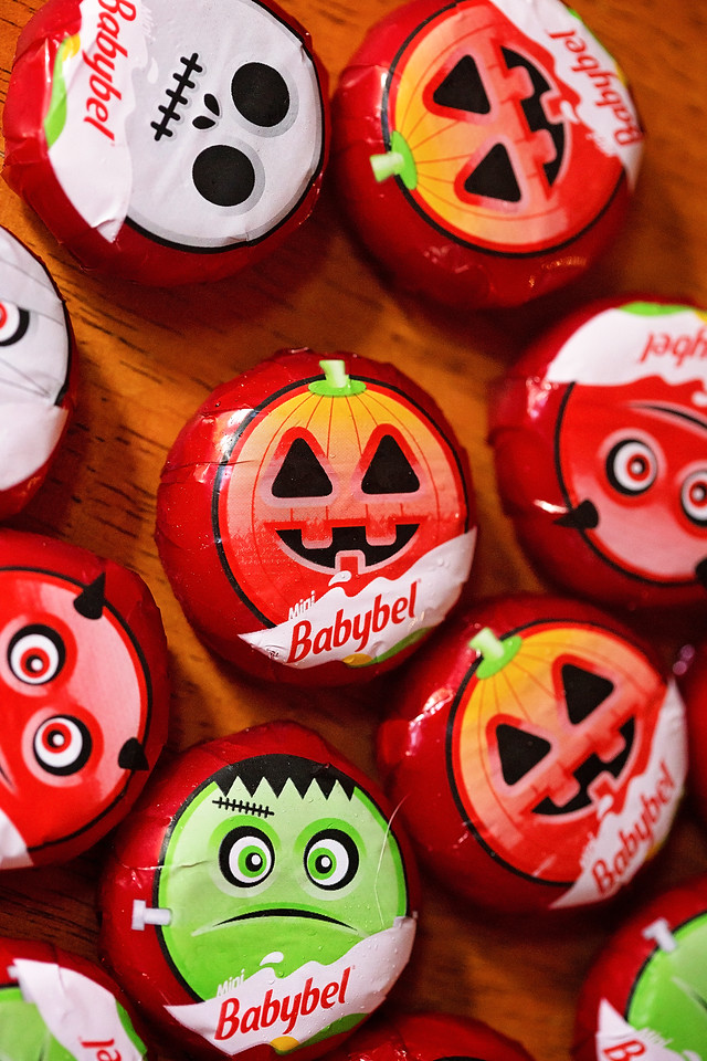Having a Halloween Party? Mini BabyBel Mummies are so cute, easy, and delicious too! New Halloween Wrappers - found at Target! #ad #BabybelTarget #SavedIt