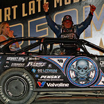 Scott Bloomquist with wife and daughter in victory lane