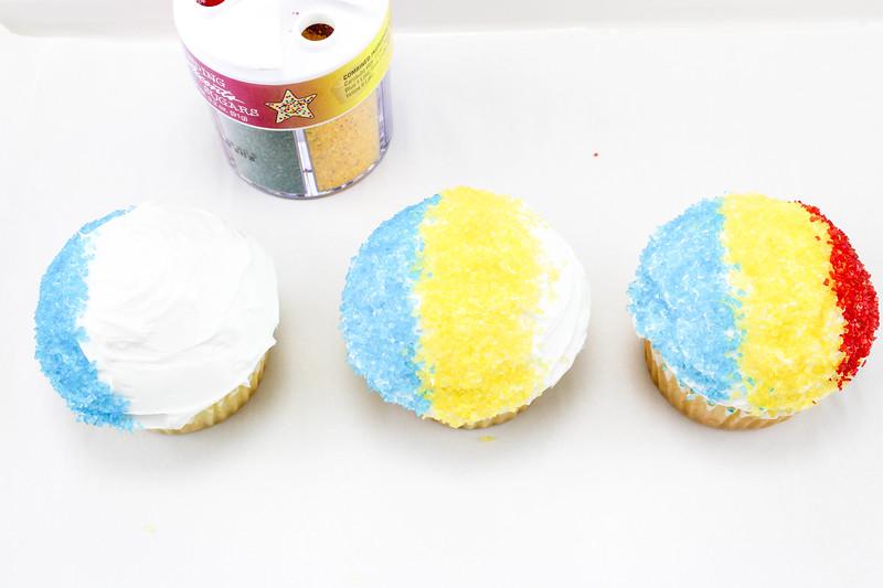 snow cone cupcakes