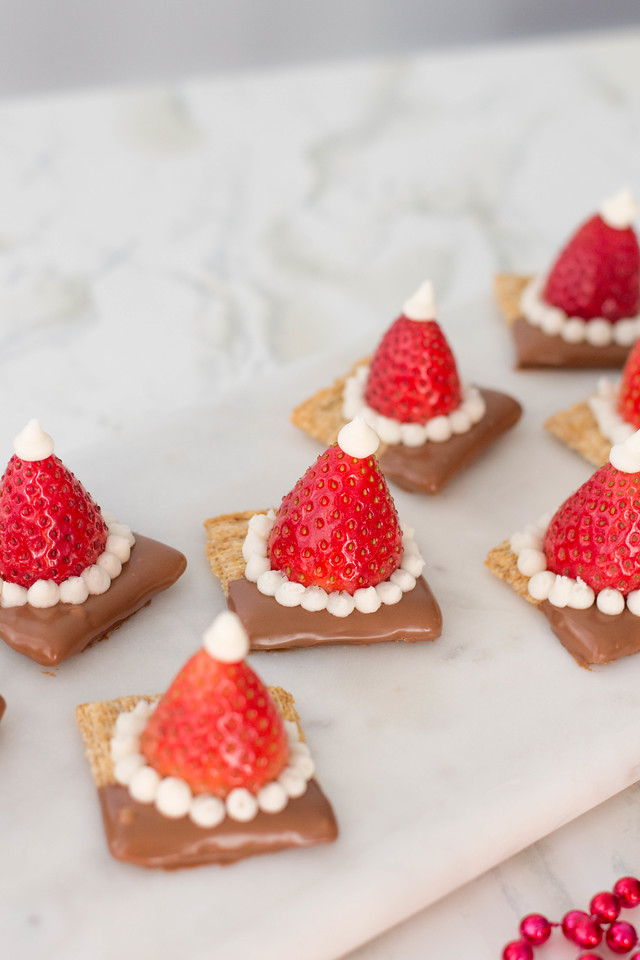 My Christmas Appetizers - Santa Hat Triscuit Crackers are perfect for all your festive needs. Bring them to any holiday party! #ad #IC #HolidaysWithTriscuit