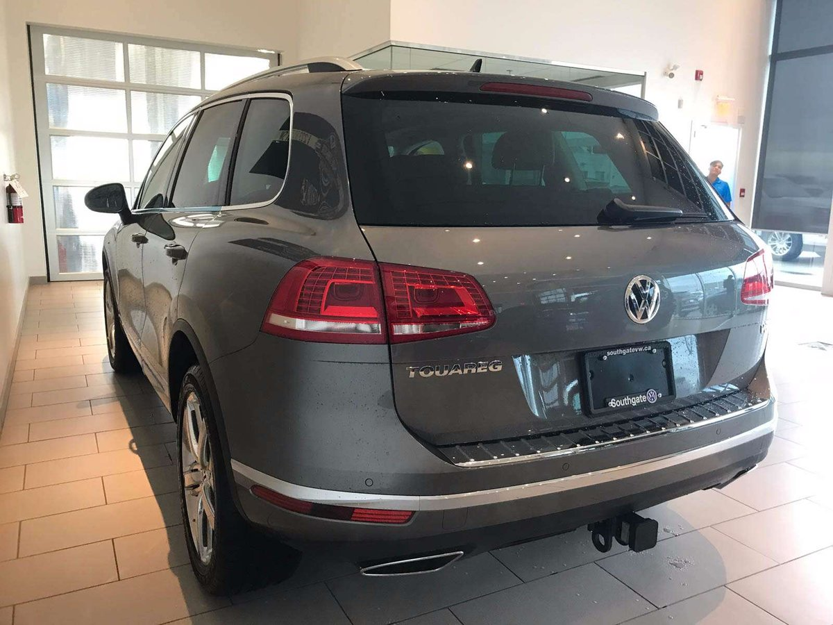 2017 Volkswagen Touareg for sale in Edmonton, Alberta