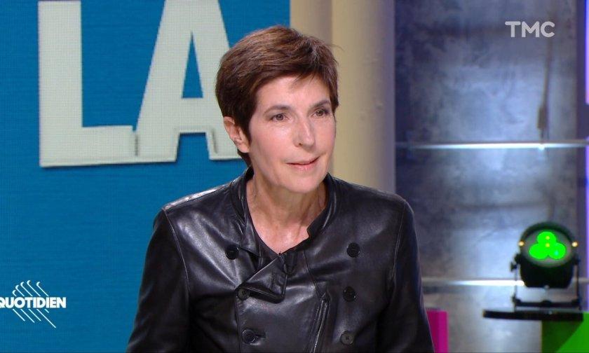 """Invitée : Christine Angot décortique les mécanismes de l'inceste dans """"Le  voyage dans l'est"""" - Quotidien   TMC"""
