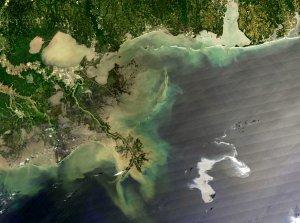 April 26, 2010: Oil slick spreads
