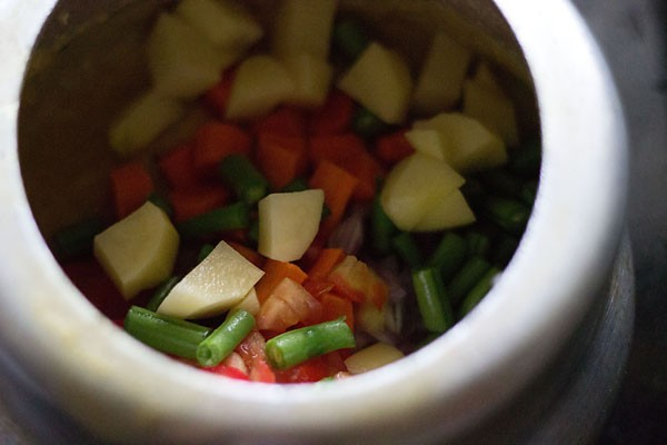 preparing sambar recipe