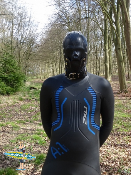 2XU A:1 Active wetsuit + rubber hood