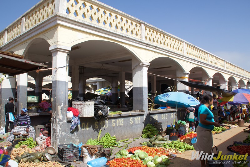 best things to do in Cape Verde - Inside the market