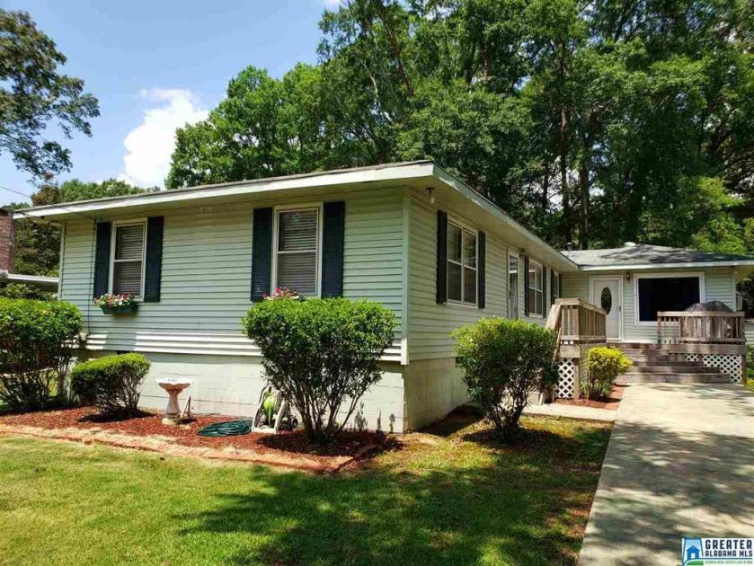 Property for sale at 3336 Berry Dr, Hueytown,  Alabama 35023