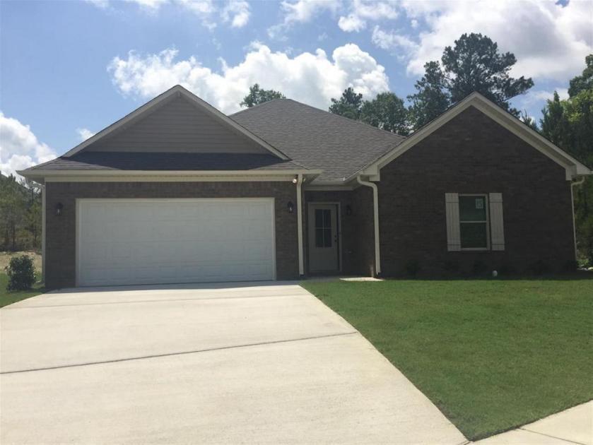 Property for sale at 113 Brookside Way, Calera,  Alabama 35040