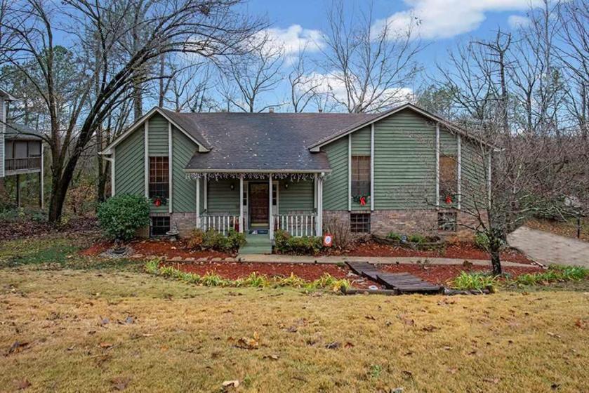 Property for sale at 1223 Southwind Dr, Helena,  Alabama 35080