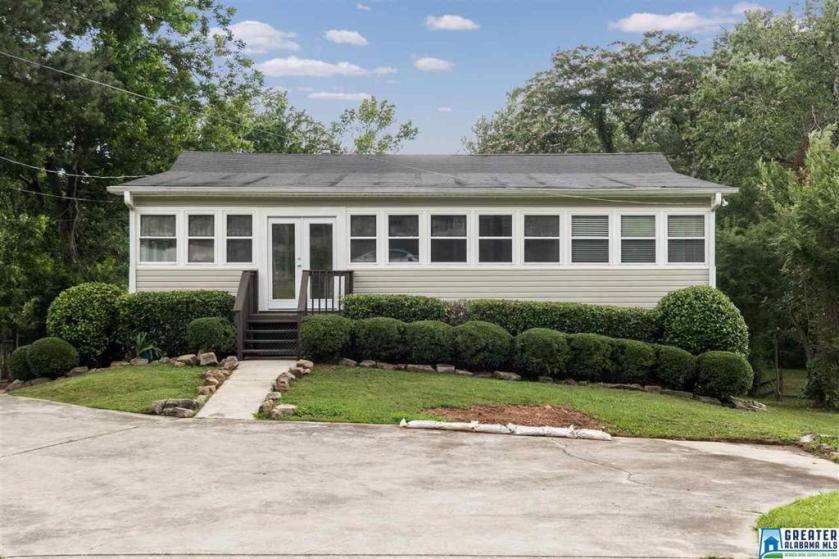 Property for sale at 5327 Amber Hills Rd, Irondale,  Alabama 35210