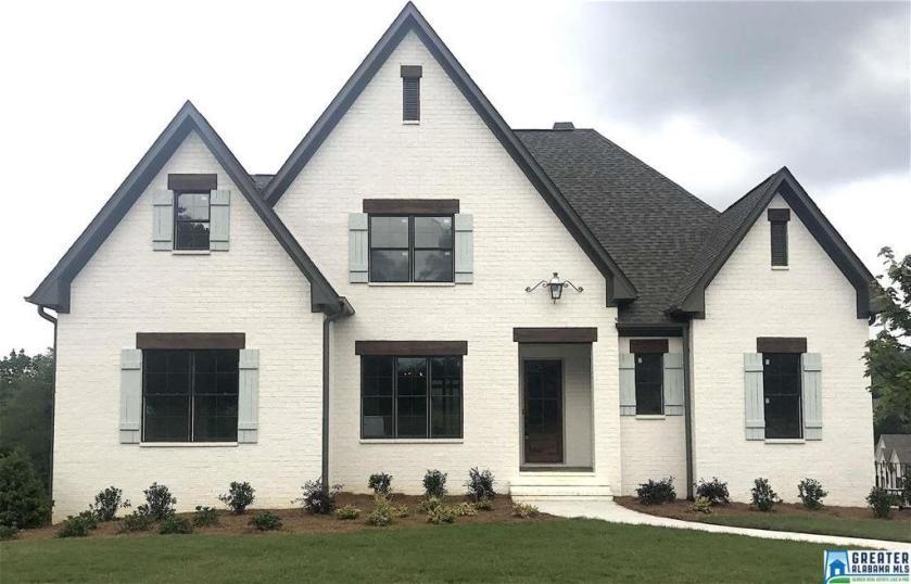Property for sale at 440 Jasmine Hill Rd, Indian Springs Village,  Alabama 35124
