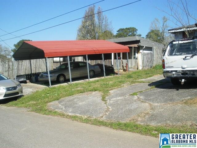 Property for sale at 4220 Kendall Ave, Adamsville,  Alabama 35005