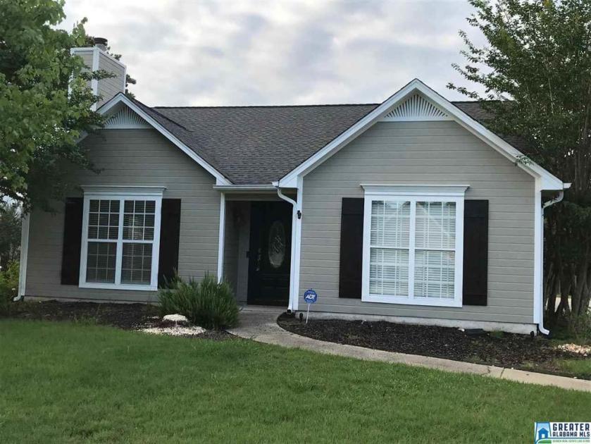 Property for sale at 154 Jasmine Dr, Alabaster,  Alabama 35007