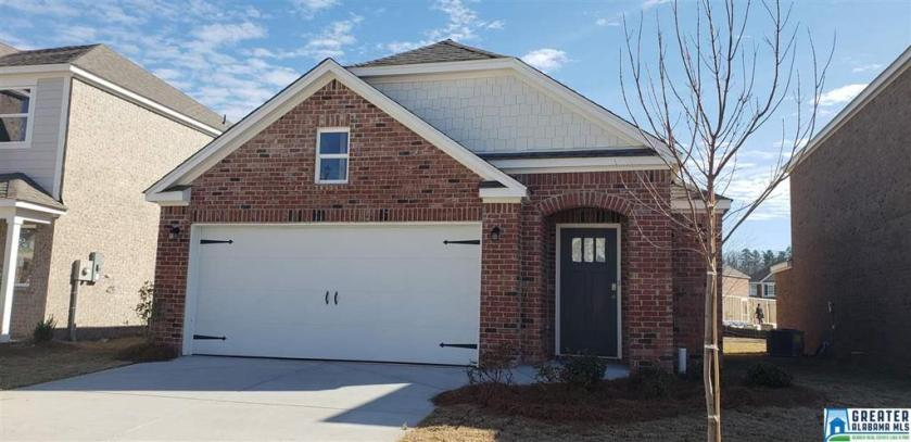 Property for sale at 554 Reading Ln, Fultondale,  Alabama 35068