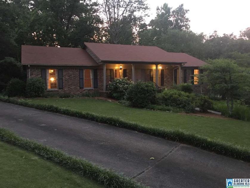 Property for sale at 453 Laredo Dr, Hoover,  Alabama 35226