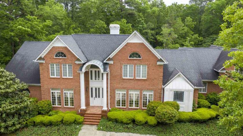 Property for sale at 1001 Lake Winds Dr, Hoover,  Alabama 35244