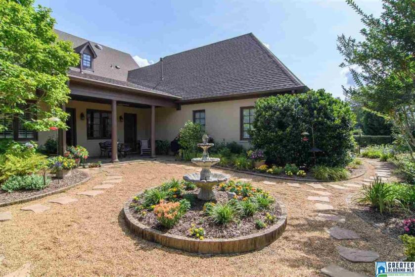 Property for sale at 4371 Boulder Lake Cir, Vestavia Hills,  Alabama 35242