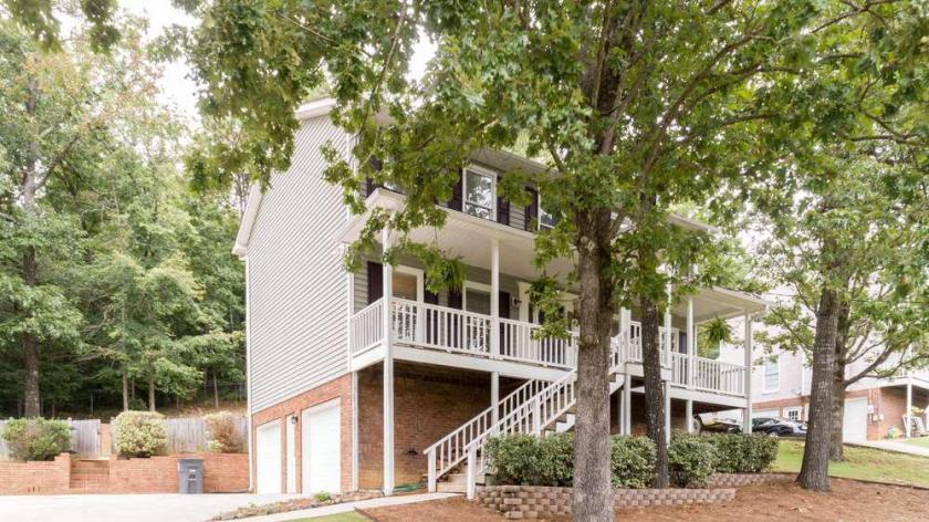 Property for sale at 1468 Secretariat Dr, Helena,  Alabama 35080