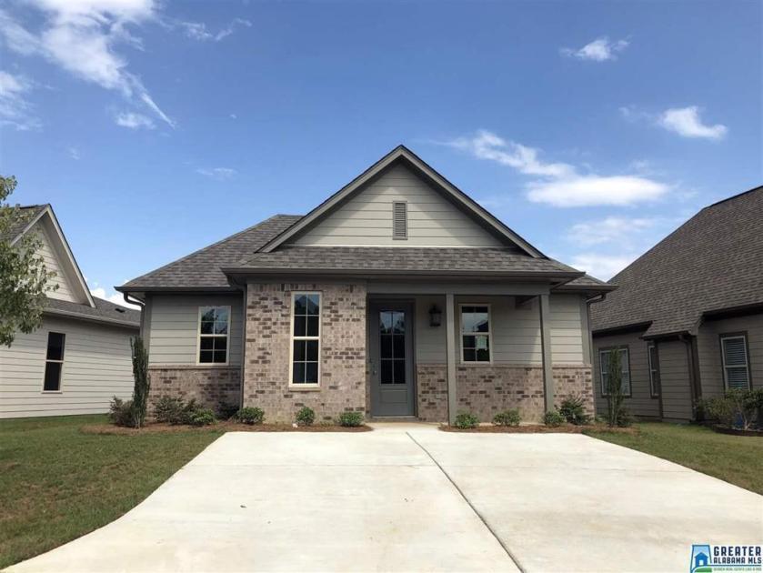 Property for sale at 2016 Preston Ln, Chelsea,  Alabama 35043