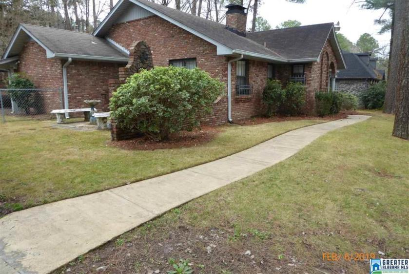 Property for sale at 2869 Wisteria Dr, Hoover,  Alabama 35216
