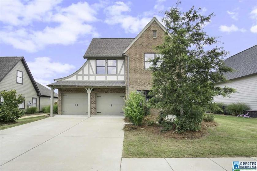 Property for sale at 7035 Kensington Ave, Calera,  Alabama 35040