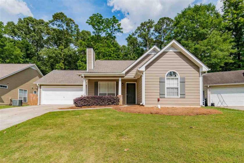 Property for sale at 410 Laurel Woods Trc, Helena,  Alabama 35080