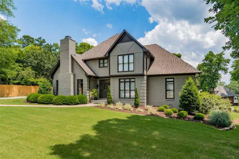 Property for sale at 201 Highland Crest Pkwy, Hoover,  Alabama 35226