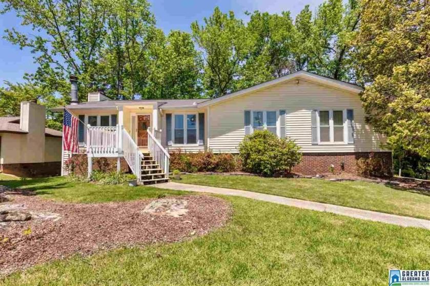 Property for sale at 2524 Matzek Rd, Hoover,  Alabama 35226
